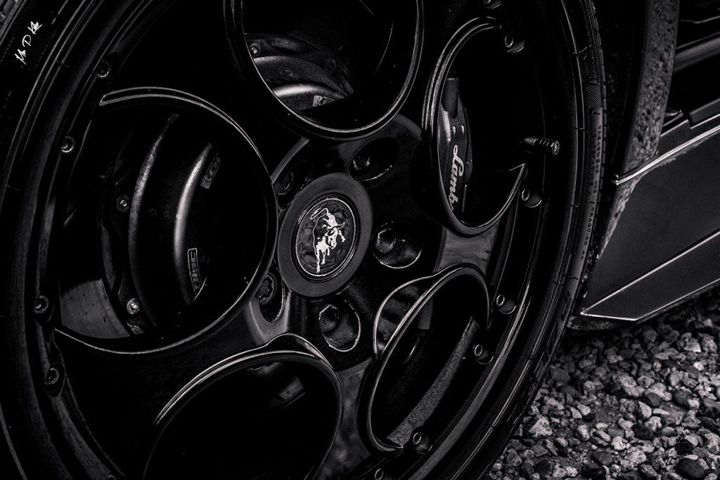 Lamborghini Murcielago wheel alloy at the Blenheim Palace classic and supercar day